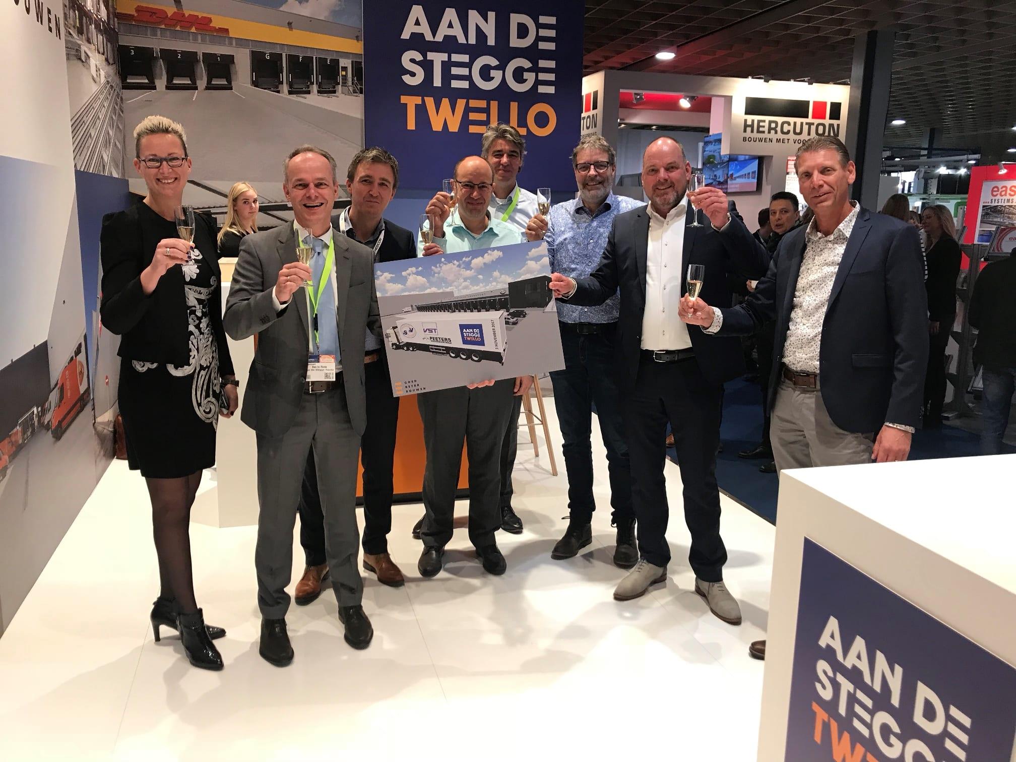 Contractondertekening nieuwbouw bedrijfspand VSDV Amsterdam