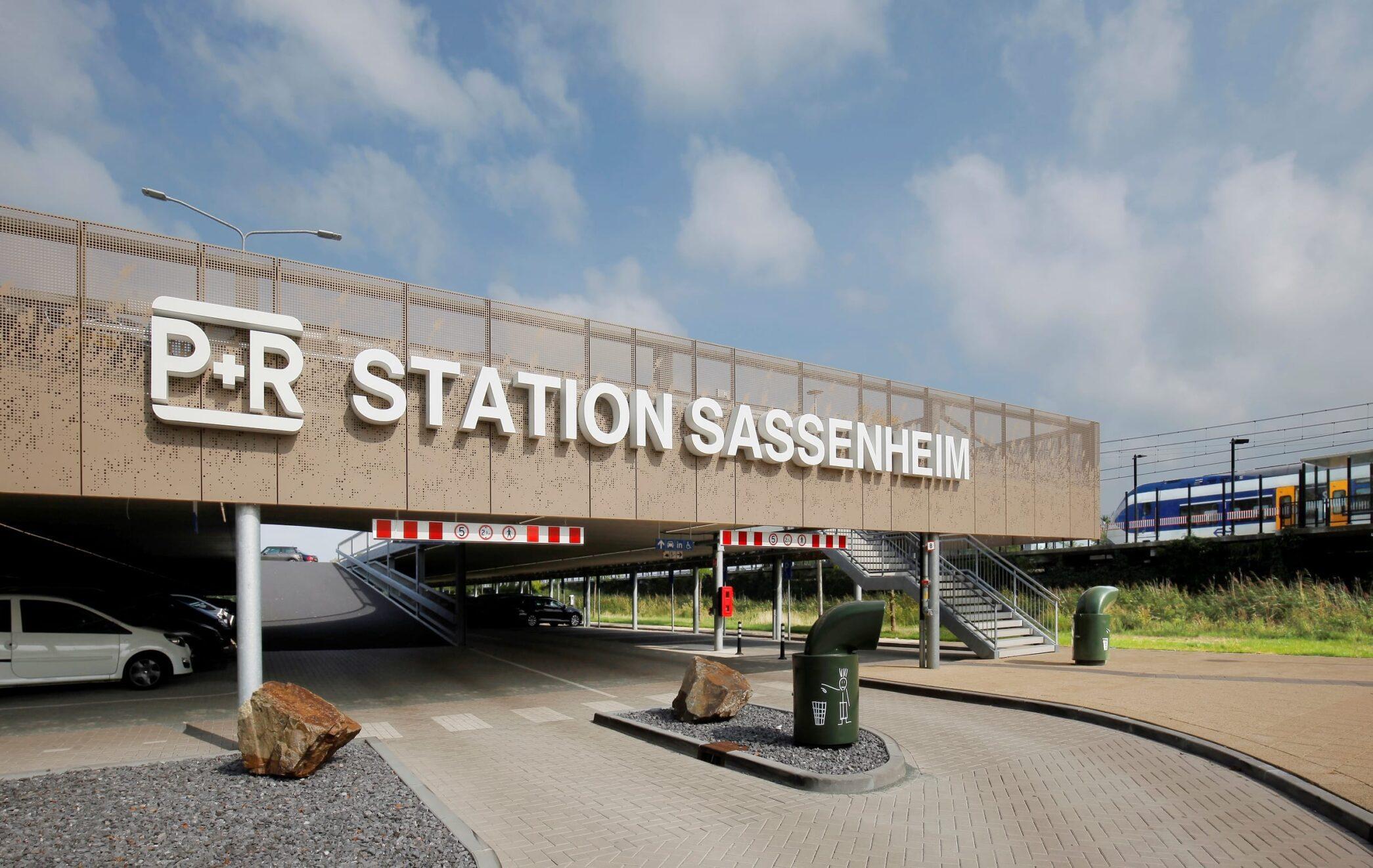 Nieuwe parkeergarage P&R Sassenheim