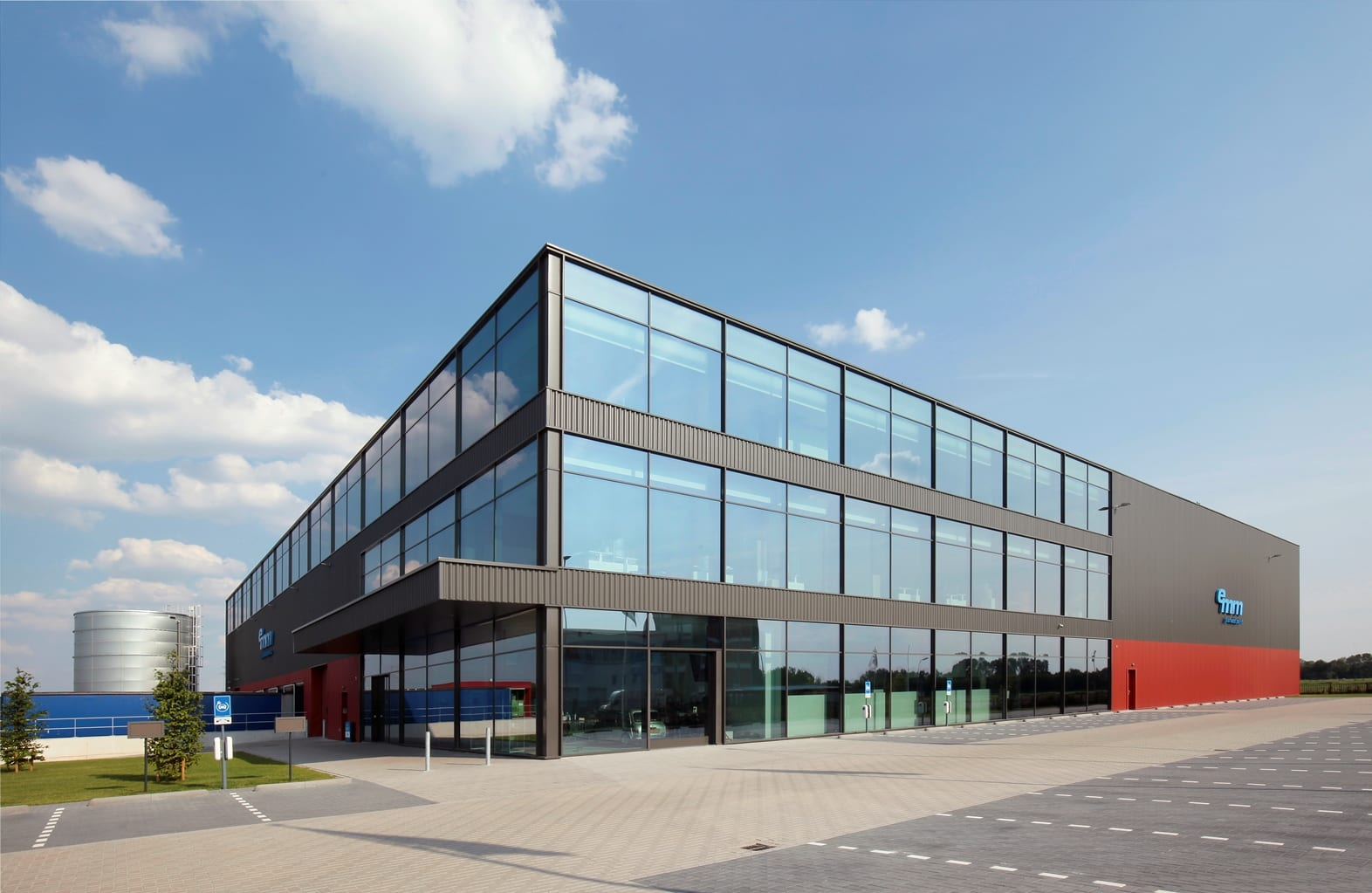 Nieuw bedrijfspand EMM International Zwolle