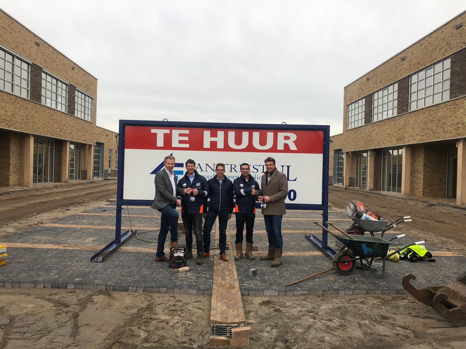 Oplevering bedrijfsverzamelgebouw Ceintuurbaan Zwolle