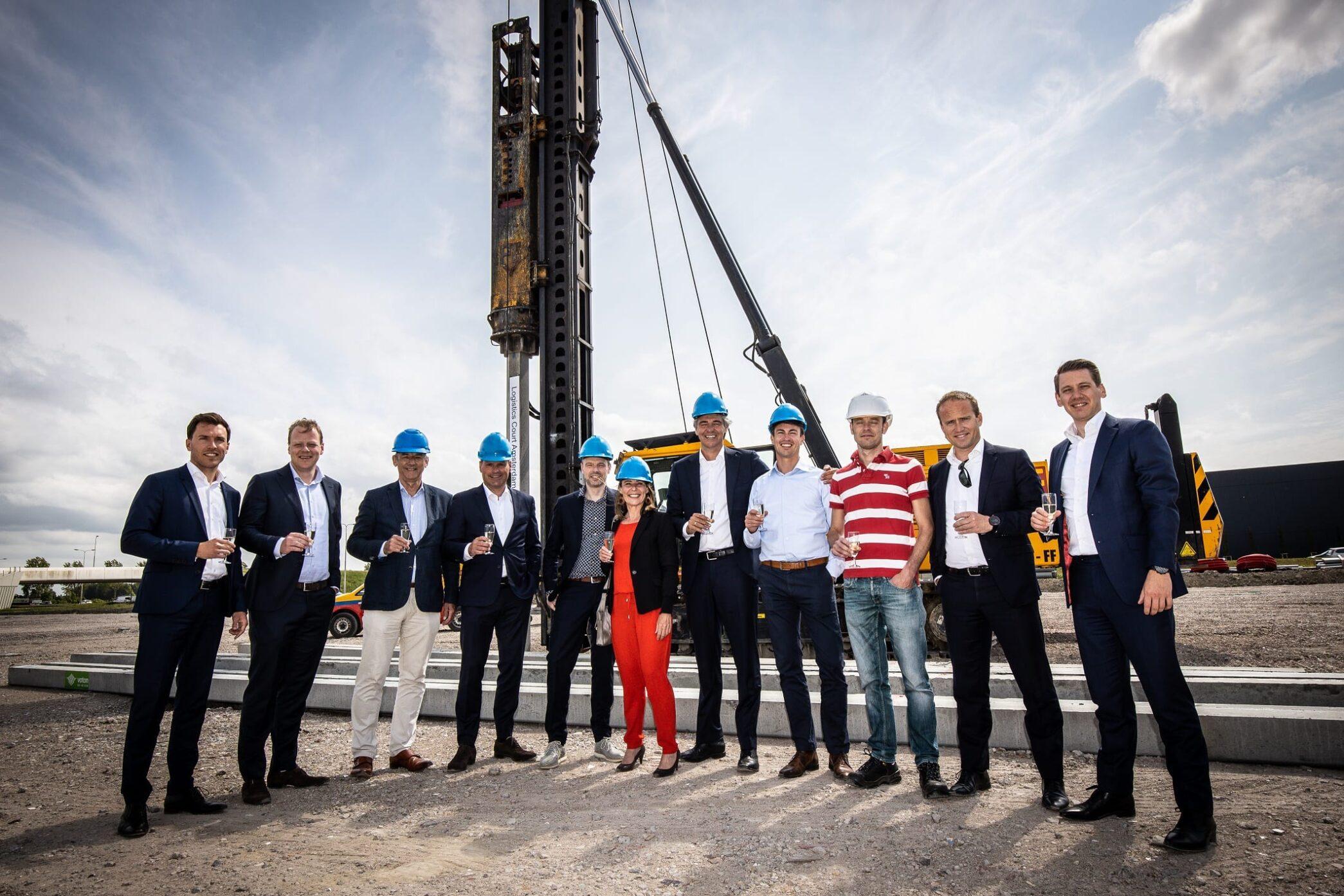 Eerste paal nieuwbouw Schiphol Logistics Park II