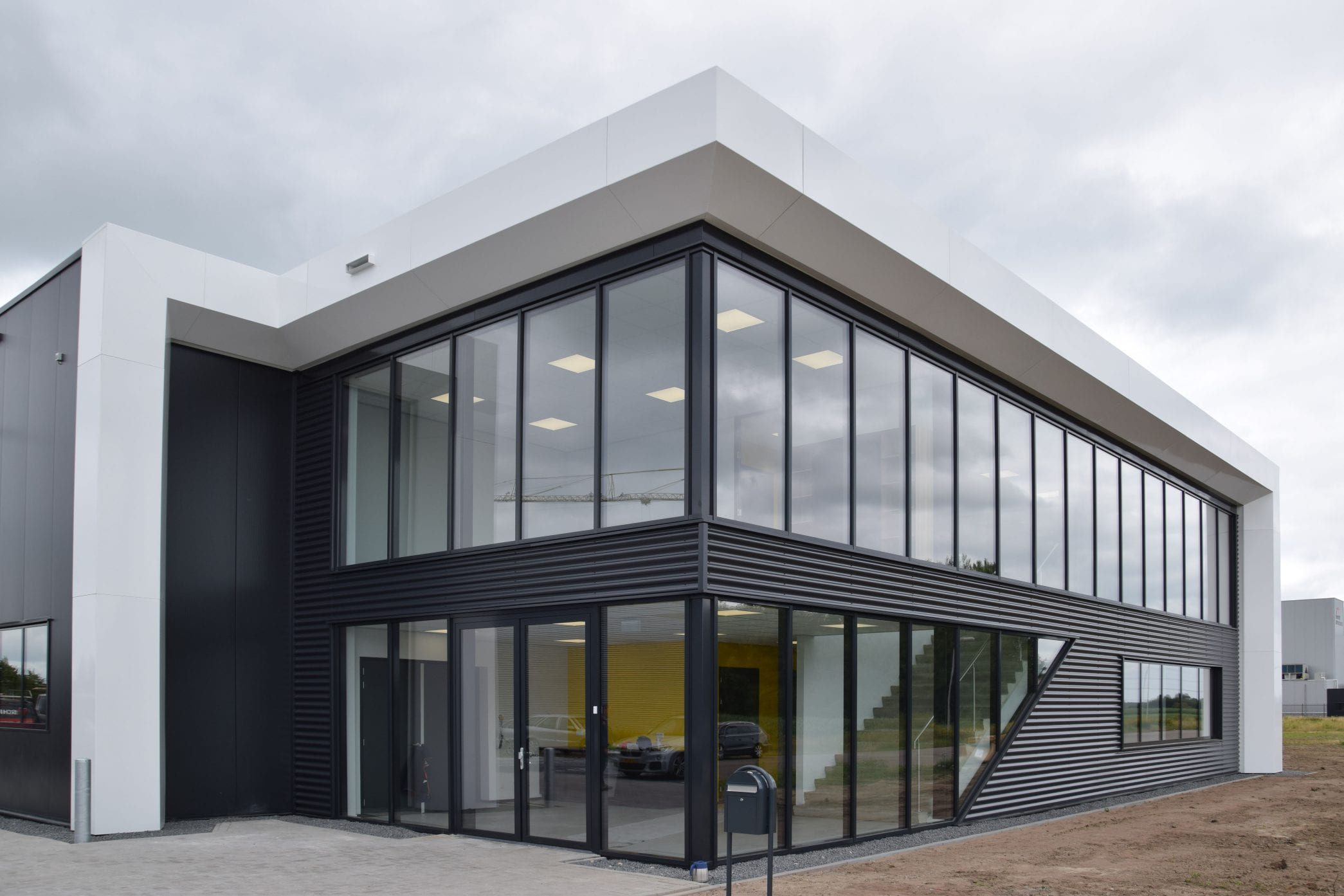 Oplevering nieuw bedrijfspand Carema Zwolle