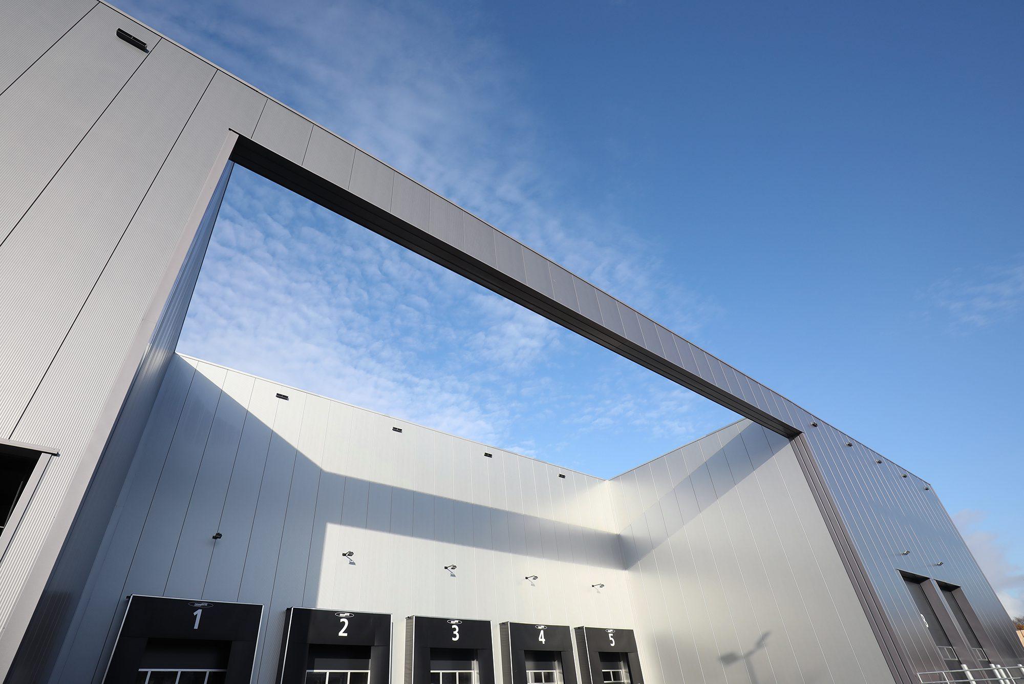 Nieuw warehouse Hemmink Zwolle opgeleverd